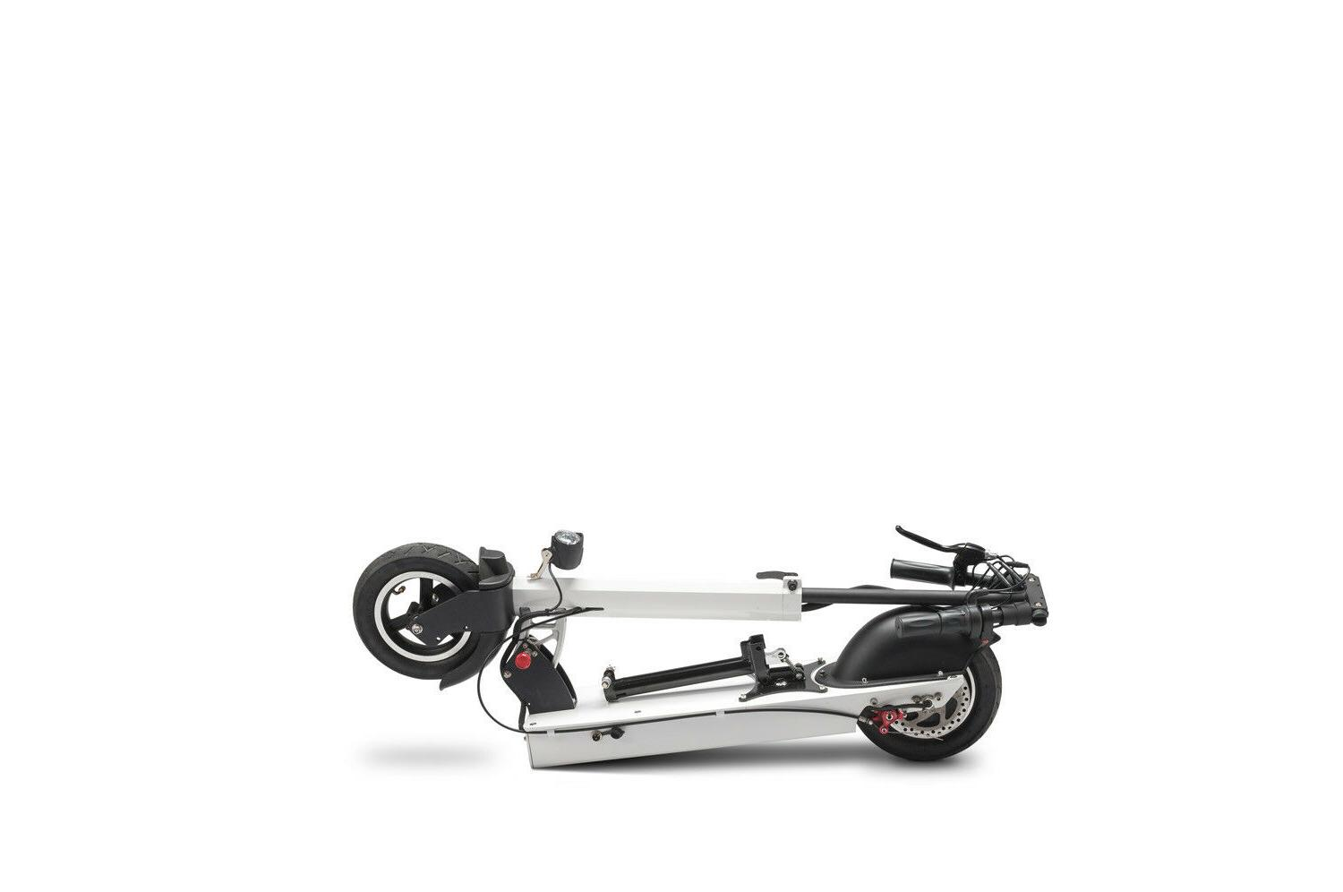 Electric Commuter Scooter Watt EV Lithium Ion Battery 22.8 Miles Per Charge
