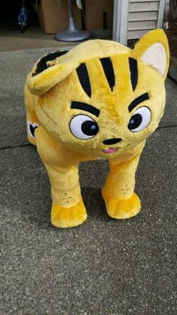 Non Coin Operated Electric Yellow Cat Animal Scooter, Plush